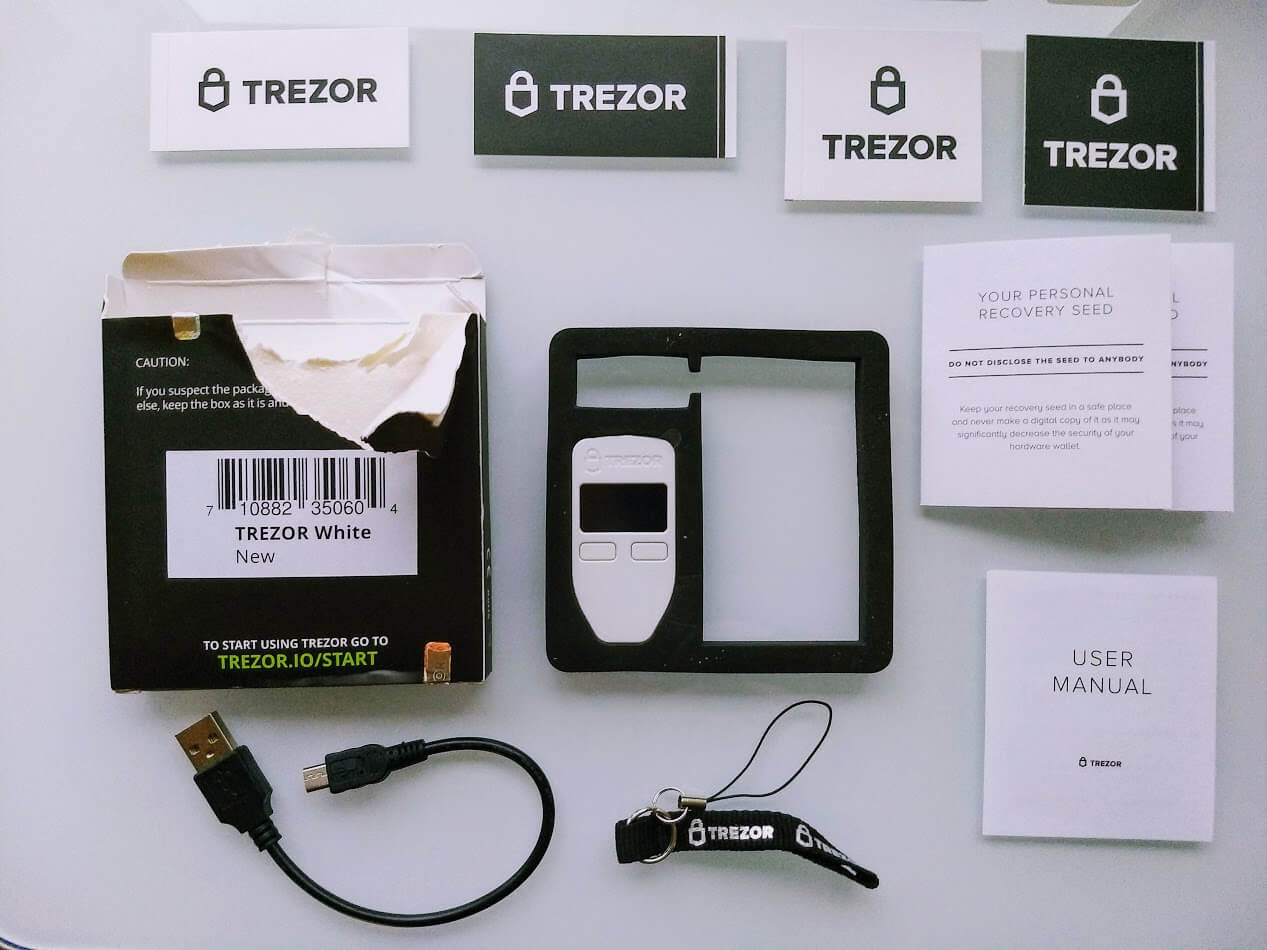 contents of trezor one box